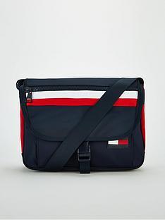 tommy-hilfiger-sport-mix-messenger-bag