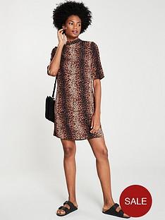 v-by-very-leopard-tunic-dress