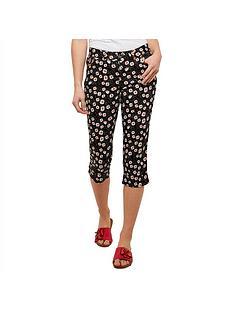 joe-browns-delightful-daisy-capri-pants