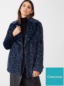 ted-baker-zenaida-faux-fur-leopard-jacket-dark-blue