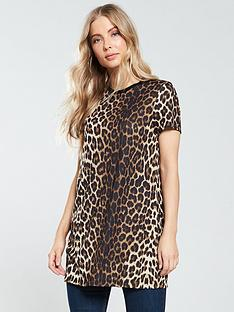 v-by-very-longline-t-shirt-leopard-print