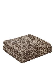 catherine-lansfield-leopard-throw