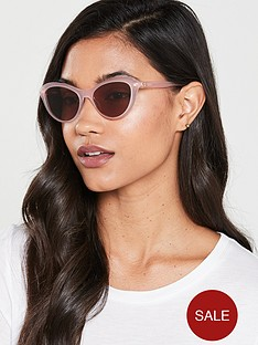love-moschino-cateye-sunglasses