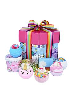 bomb-cosmetics-bomb-cosmetics-unicorn-universe-bath-bomb-gift-set