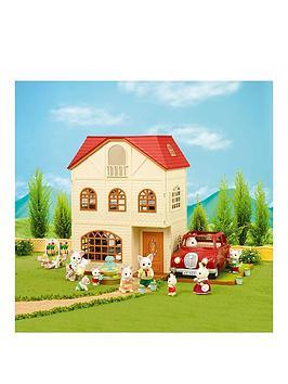 sylvanian-families-cedar-terrace-gift-set