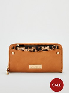 carvela-alia-pocket-detail-wallet-tan