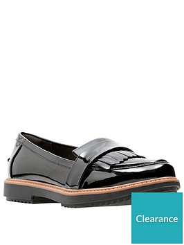 clarks-raisie-theresa-loafers-black