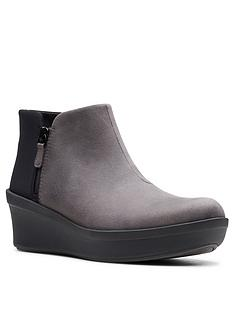 clarks-clarks-cloudsteppers-step-rose-up-ankle-boot