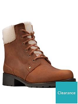 clarks-orinoco-dusk-ankle-boot-tan