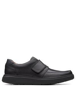clarks-unnbspabode-strap-shoes-black