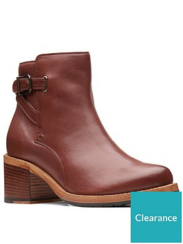 clarks-clarkdale-jax-ankle-bootsnbsp--tan