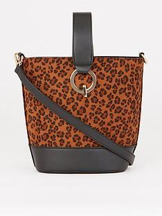 warehouse-top-handle-leopard-bucket-bag