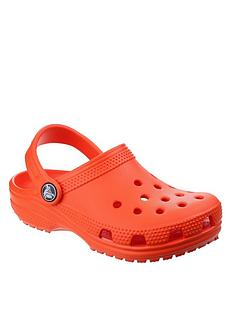 crocs-classic-clog-slip-on