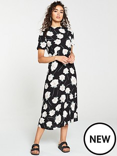 warehouse-mia-floral-dress