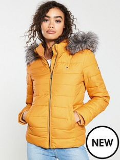 tommy-jeans-essential-hooded-down-jacket-yellow