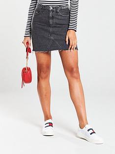 tommy-jeans-short-denim-upcycle-skirt-black-wash