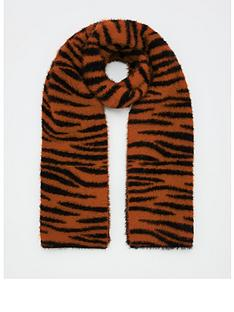 v-by-very-fluffy-tiger-print-scarf