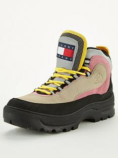 tommy-jeans-heriatage-expedition-boot