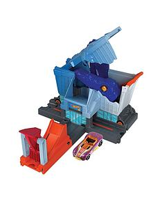 hot-wheels-t-rex-grocery-attack-playset