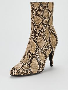 tommy-hilfiger-snake-print-boots-sand