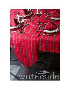 waterside-festive-tartan-table-linen-set