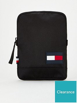 tommy-hilfiger-core-compact-crossover-bag-black