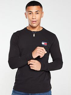 tommy-jeans-long-sleeved-badge-t-shirt-black