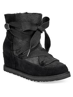 ugg-classic-premium-femme-lace-up-hidden-wedge-ankle-boots-black