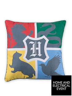 harry-potter-alumni-square-cushion