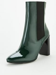 michelle-keegan-daffy-heeled-chelsea-boots-green