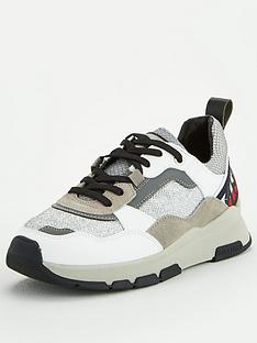 tommy-hilfiger-patenet-runner-trainers-white