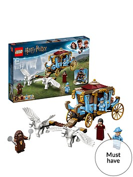lego-harry-potter-75958-beauxbatonsrsquo-carriage-arrival-at-hogwarts