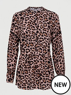 v-by-very-button-through-drop-hem-blouse-animal-print