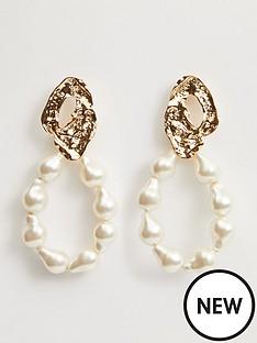 mango-pearl-hoop-earrings