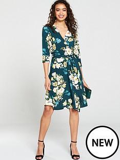wallis-wallis-winter-bouquet-fit-and-flare-dress