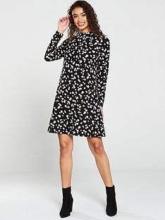 wallis-abstract-spot-swing-dress