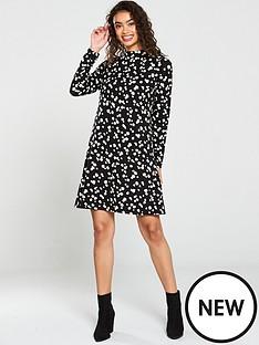 wallis-abstract-spot-swing-dress