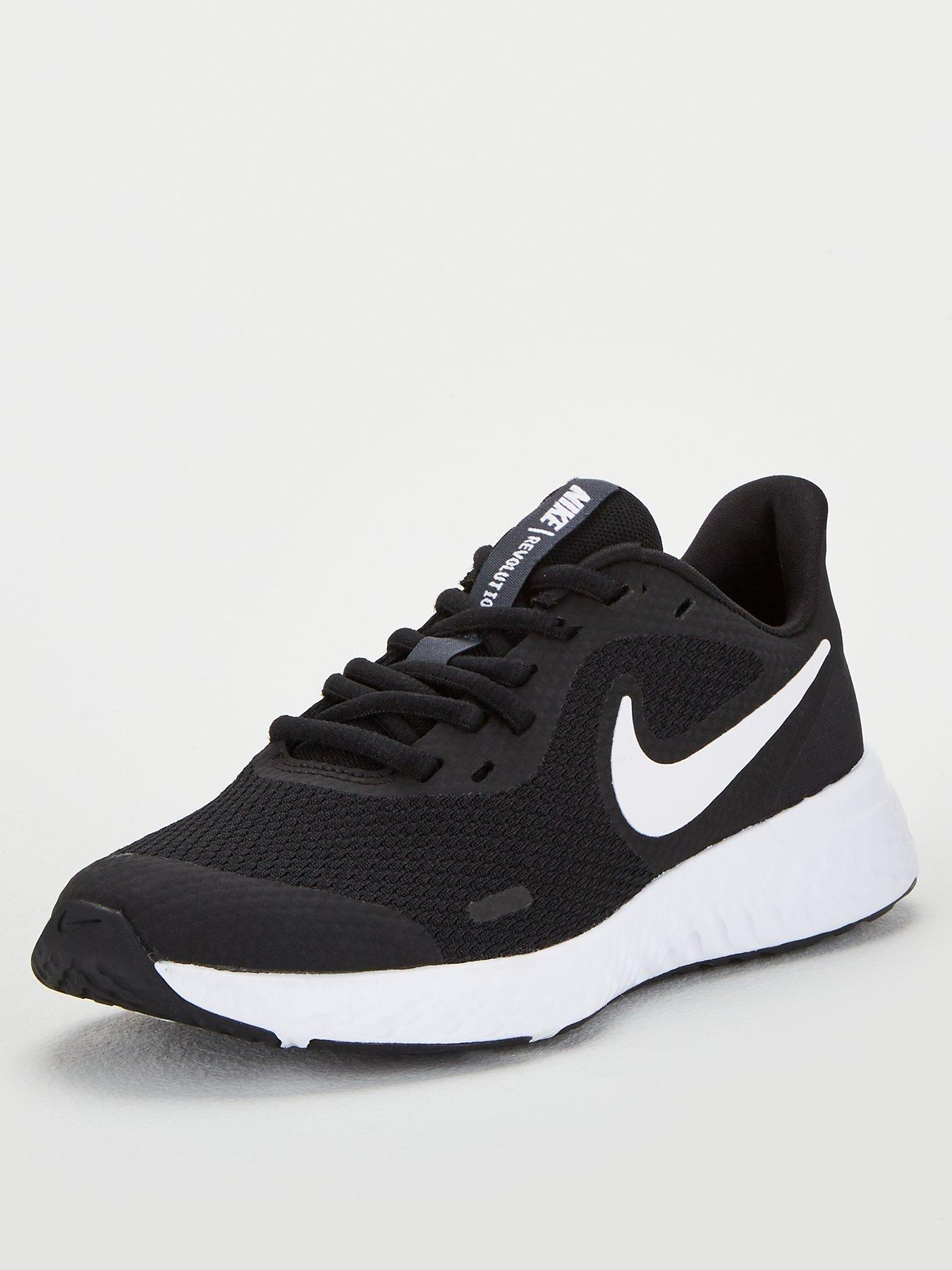 junior size trainers
