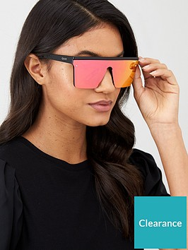 quay-australia-hindsight-shieldnbspsunglasses