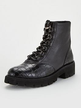 steve-madden-hit-hiker-ankle-boots-black