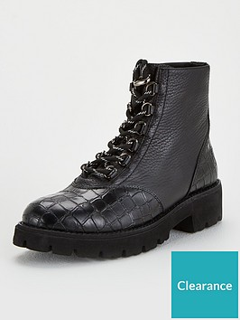 steve-madden-hit-hiker-ankle-boots-black