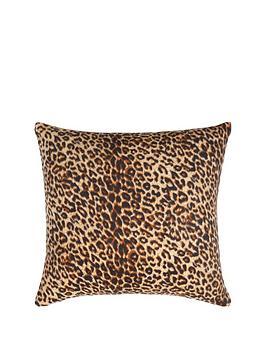 cascade-home-leopard-cushion