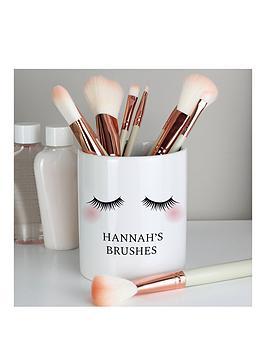 the-personalised-memento-company-personalised-eyelashes-ceramic-storage-pot