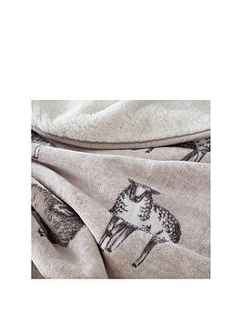 catherine-lansfield-sheep-sherpa-fleece-throw