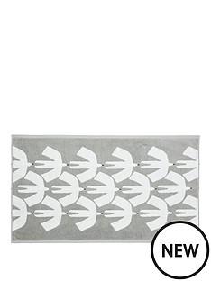 scion-pajaro-towels-bath-mat