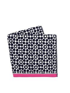 joules-orchard-tile-geo-beach-towel