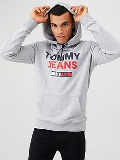 tommy-jeans-essential-graphic-hoodie-light-grey-heather