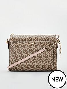 dkny-bryant-medium-box-crossbody-cashmere-pink
