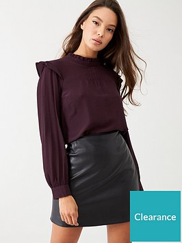 warehouse-pintuck-top-burgundy