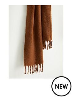 mango-wool-scarf